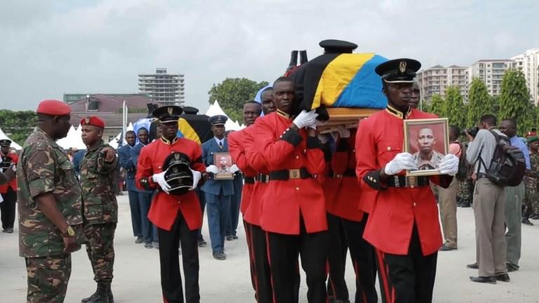 Tanzanie: hommage aux Casques bleus tués en RD Congo