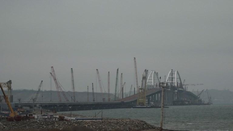 Un pont entre la Crimée et la Russie bientôt terminé