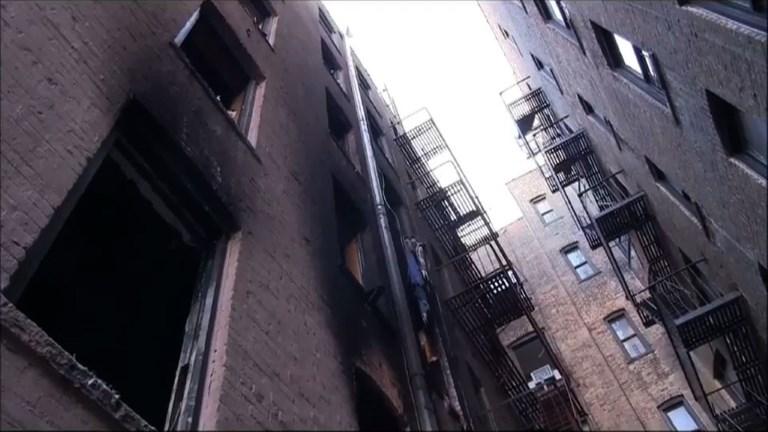New York: les pompiers diffusent les images de l'immeuble brûlé
