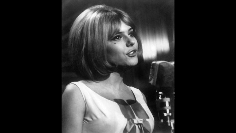 Décès de la chanteuse France Gall à 70 ans