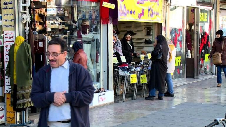 Des Iraniens réagissent aux menaces de sanctions de Trump