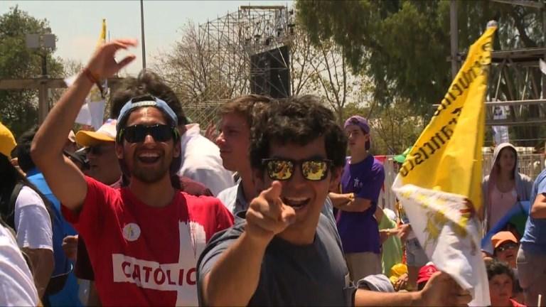 Chili: ambiance de fête avant le message du pape à la jeunesse