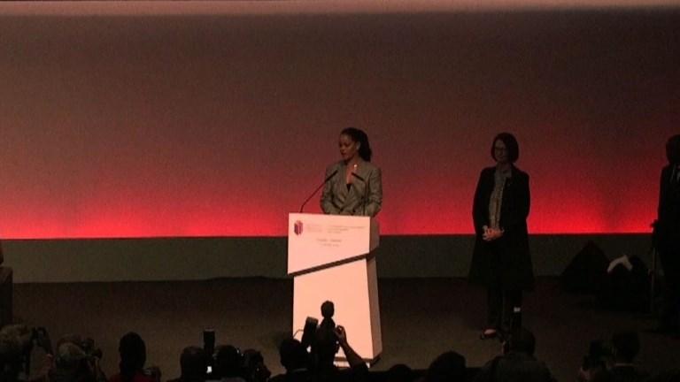 Dakar : Rihanna promet de toujours se battre pour l'éducation
