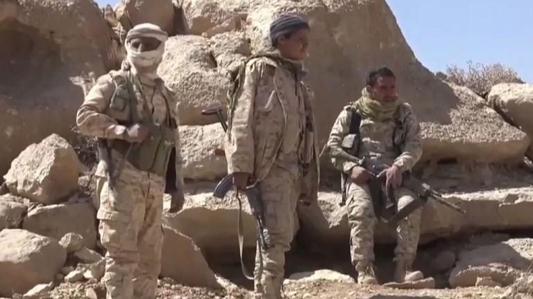 L'armée yéménite rêve de Sanaa mais bute sur des montagnes