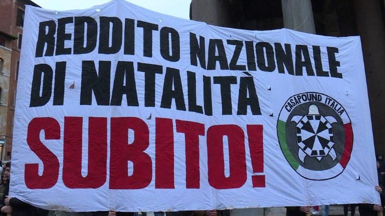Dernier meeting des néofascistes italiens avant les élections