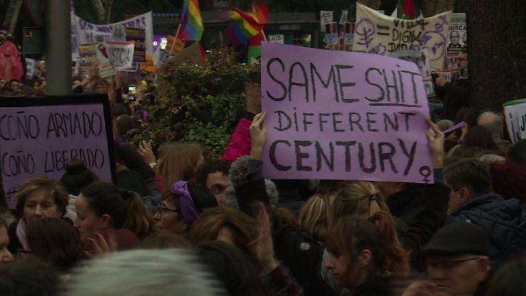 Journée de la femme: importante manifestation à Madrid