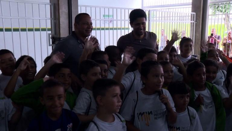 Nasser Al-Khelaïfi en visite à la Fondation de Neymar Jr