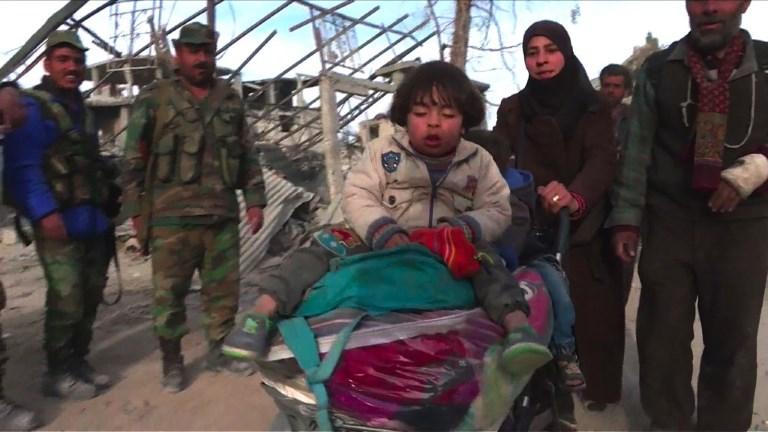 Bref exil pour des Syriens de la Ghouta, rentrés chez eux