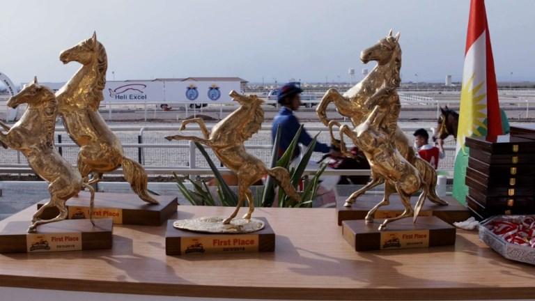 Course de chevaux à Erbil, capitale du Kurdistan irakien